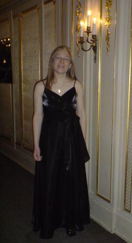Festliches Abendkleid zu diversen Anlässen wie Opernbesuche
